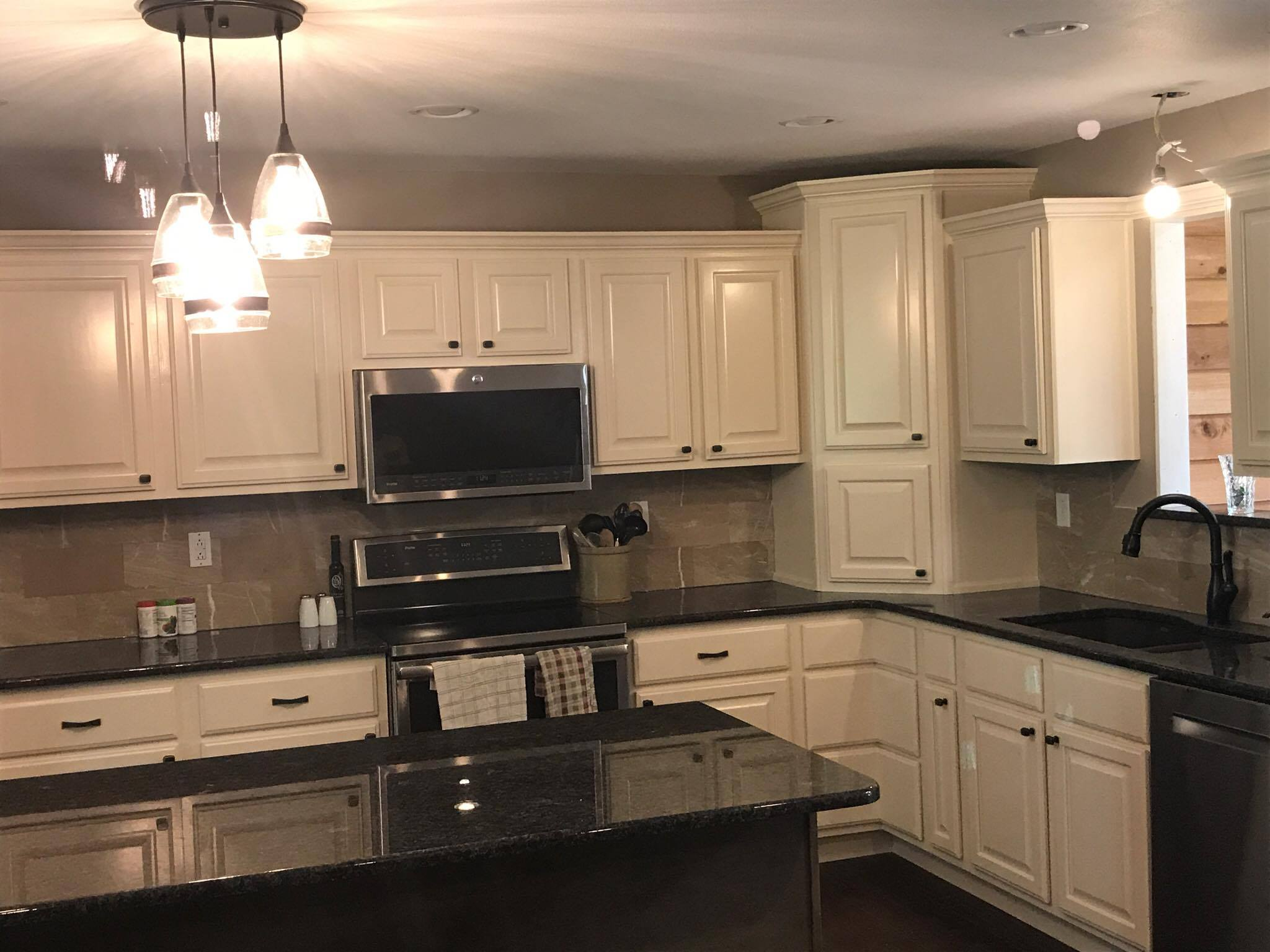 Quality Cabinets For Kitchen And Bath, In A Variety Of Woods, Our Cabinets  Are Solid Wood U2013 NO Pressboard. We Build With All Kinds Of Wood, Including  Oak, ...
